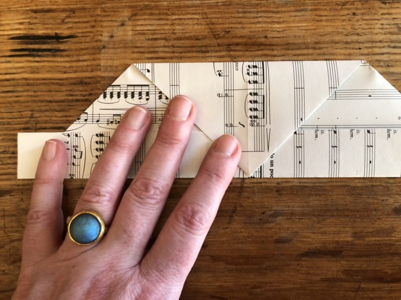 The Travelling Bookbinder: Heart Confetti: Point folded to bottom edge