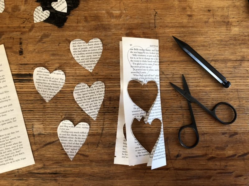 The Travelling Bookbinder: Heart Confetti: Cut out hearts