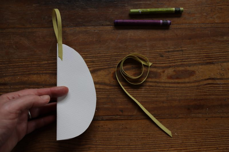 The Travelling Bookbinder: How to project: Egg book. Ribbon loop added