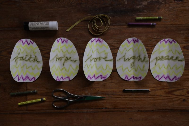 The Travelling Bookbinder: How to project: Egg book. Fold in half vertically